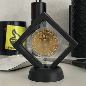 Bitcoin Münze im stylischen Ständer aus Acryl 70mm x70mm schwarz