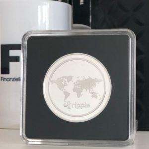 Ripple XRP Sammelmünze Silber in Acryl-Etui 40mm