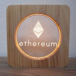 Ethereum, LED Lampe aus Holz
