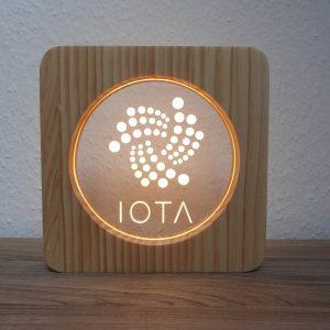 IOTA, LED Lampe aus Holz